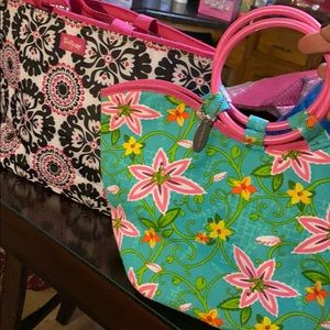 2 lunch totes- thirty one and fit & fresh
